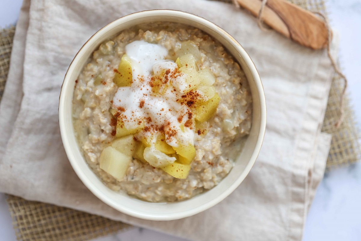 Apple, Pear & Compote Porridge